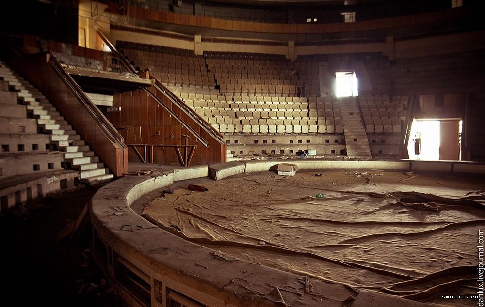 Строительство молдавского цирка хроника фото