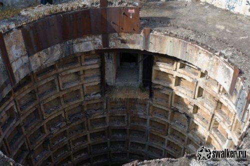Бункер с пусковыми ракетными шахтами, расположенный у села Каменка, Татищевского р-на Саратовской области...